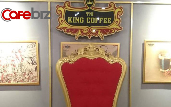 """Bên trong quán cafe King Coffee của vợ """"vua cà phê Trung Nguyên"""" có gì?"""