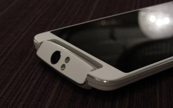 10 chiếc điện thoại Android kỳ quặc nhất mọi thời đại