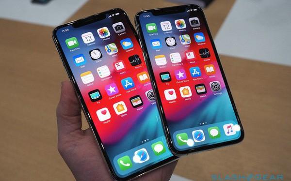 Ảnh cận cảnh bộ đôi iPhone Xs và Xs Max Apple vừa trình làng