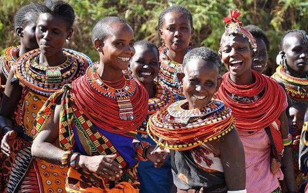 """""""Nữ Nhi Quốc"""" tại châu Phi: bất mãn với đàn ông, phụ nữ sống hạnh phúc cùng nhau!"""