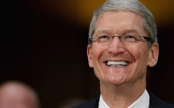 Cùng xem màn mở đầu cực kỳ ấn tượng của sự kiện ra mắt iPhone 2018: Tim Cook đã lừa cả thế giới như thế nào?