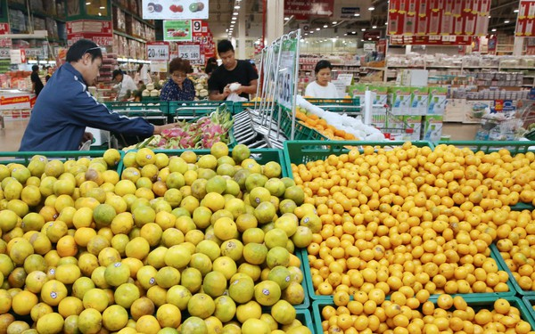 Ông chủ hơn 10.000 cửa hàng 7-Eleven ở Thái Lan sắp mở siêu thị bán buôn tại Việt Nam, cam kết rẻ hơn chợ truyền thống, cả người dân và chủ tiệm hàng rong đều sẽ vào mua nguyên liệu, rau củ