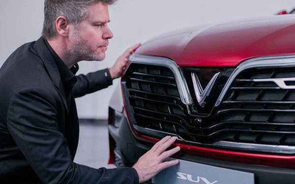 Hé lộ nhiều thông số xe VinFast trước giờ G: Động cơ tăng áp, hộp số 8 cấp, an toàn 5 sao, màn hình 10,5 inch