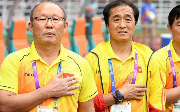 """HLV Park Hang-seo nói với báo Hàn Quốc: """"Lứa Công Phượng, Quang Hải chưa phải thế hệ vàng của Việt Nam"""""""