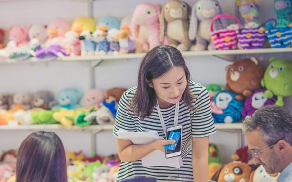 Doanh số bán lẻ của Việt Nam tăng kỷ lục đạt 129,6 tỷ USD
