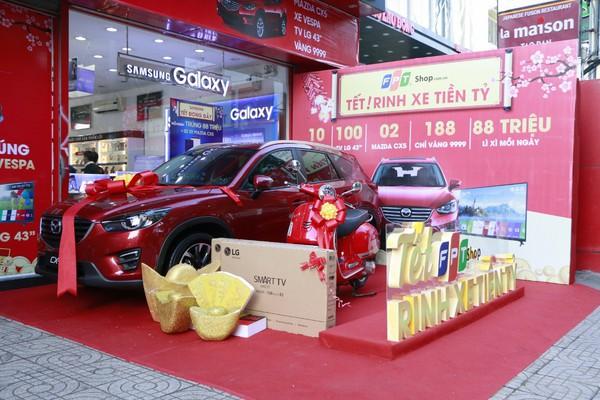 Mua hàng tại FPT Shop dịp Tết Mậu Tuất trúng ô tô tiền tỷ