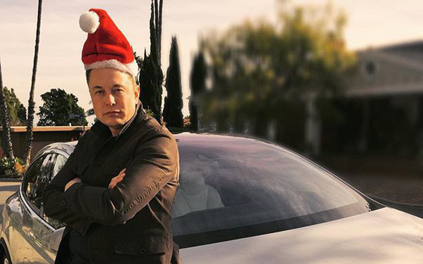 Chỉ đăng một dòng Tweet trong dịp lễ Giáng sinh, Elon Musk đã đưa ra một bài học bậc thầy về lãnh đạo