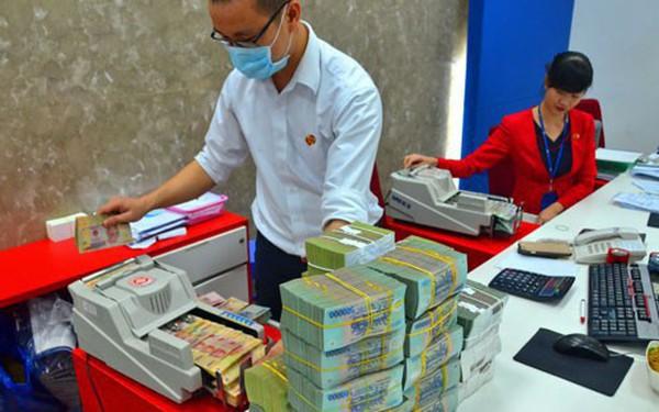 Ngân hàng đổi cách tính lãi: Người gửi tiền bị thiệt?