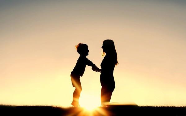 Phụ nữ quyết định thế giới là có thật: Các nhà khoa học nói rằng, con cái thông minh là do di truyền từ mẹ