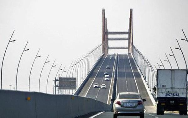 Cầu Bạch Đằng 7200 tỷ bị lún, võng: Là chuyện bình thường?