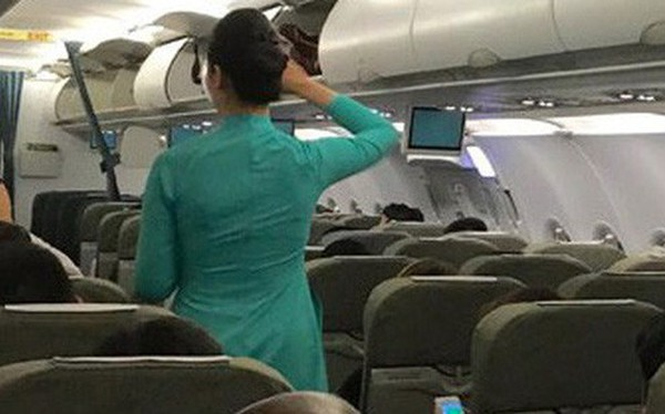 """Đề nghị cấm bay vì khách """"chây ì"""" nộp phạt"""