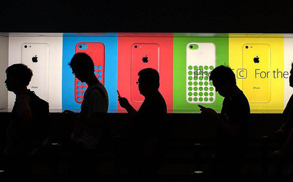 Điều gì xảy ra nếu iPhone được sản xuất ở Mỹ?
