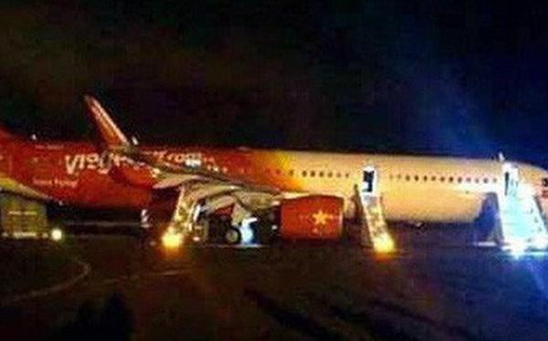 Vụ máy bay VietJet gặp sự số: Nhiều hành khách bị gãy xương