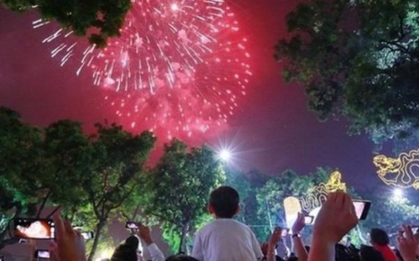 Hà Nội dự kiến bắn pháo hoa tại 30 quận, huyện dịp Tết Kỷ Hợi
