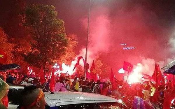 Hàng nghìn cảnh sát chống đua xe trận bán kết lượt về ở Mỹ Đình