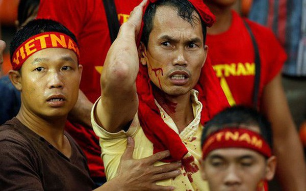Đại sứ quán Việt Nam yêu cầu Malaysia đảm bảo an toàn cho CĐV Việt Nam sang cổ vũ chung kết AFF Cup 2018