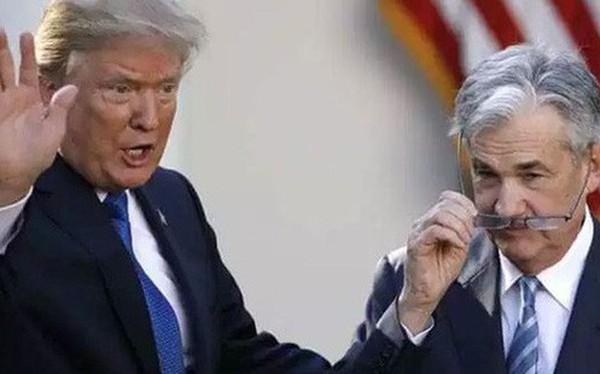 """Chứng khoán Mỹ rớt thảm hại, ông Trump đổ lỗi FED là """"vấn đề duy nhất của nền kinh tế Mỹ"""""""