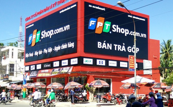 FPT Shop đạt doanh thu bình quân 2,4 tỷ đồng/cửa hàng/tháng, lợi nhuận cả năm tăng trưởng 20%
