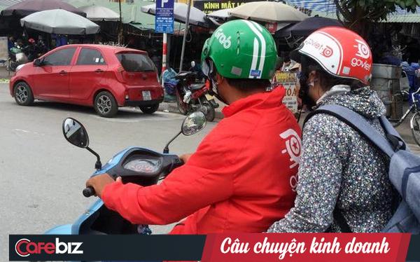 Grab chểnh mảng với GrabCar, tài xế khó chịu, khách hàng kêu trời, cớ sao Go-Viet vẫn bình chân như vại?