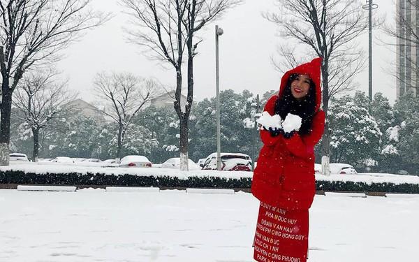 Tâm sự của 1 CĐV đi từ Thường Châu tuyết trắng đến UAE đầy nắng: ''Chúng ta chưa thể vượt qua Nhật Bản nhưng chúng ta đã vượt qua chính mình''
