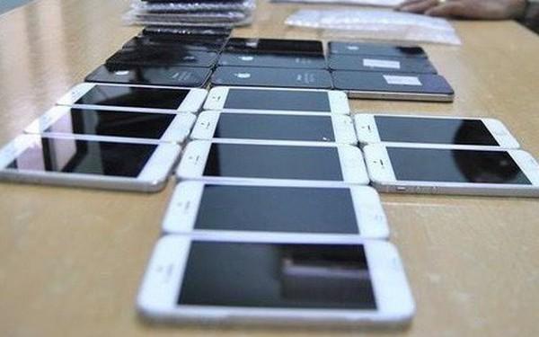 Hơn 500 chiếc smartphone buôn lậu bị bắt giữ ngày gần Tết
