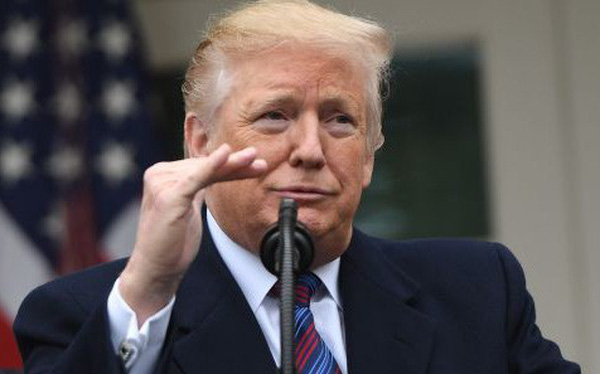 Giữa lúc Apple khó khăn, ông Trump khẳng định 'không quan tâm' vì hãng này sản xuất sản phẩm ở Trung Quốc, Mỹ chẳng được lợi gì