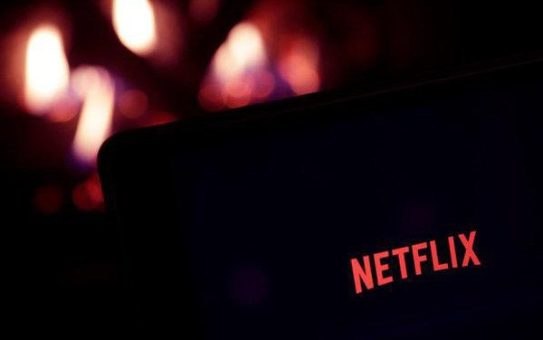 Netflix – &rgb(2, 4, 4);ng Vua mới nổi ở phố Wall