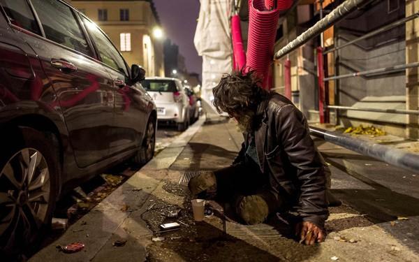 Du học sinh Việt tiết lộ lý do vì sao các nhà hàng Pháp sẵn sàng vứt thức ăn thừa dù còn mới thay vì phân phát cho người vô gia cư
