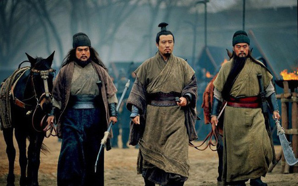 Sau khi Thục Hán diệt vong cả nhà Quan Vũ bị giết, Trương Phi vì sao vẫn bình an vô sự? Nguyên nhân liên quan tới một người phụ nữ