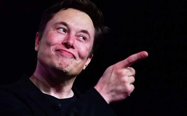 """Lâu rồi Elon Musk mới """"nở mày, nở mặt"""" như vậy: Tesla vừa bất ngờ bão lãi cả trăm triệu USD khiến phố Wall ngỡ ngàng"""