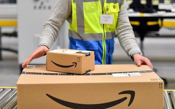 """Chính sách giao hàng một ngày khiến Amazon """"đội"""" thêm 1,5 tỷ USD"""