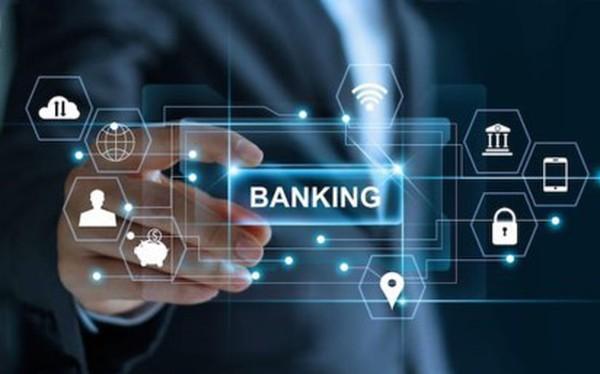 Điều gì sẽ giúp ngân hàng truyền thống cạnh tranh sòng phẳng với Fintech?