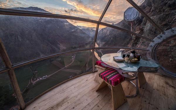 Một khách sạn ở Peru cũng xây dựng ngay giữa kỳ quan và được ca ngợi hết lời, còn nhà nghỉ ở Mã Pì Lèng lại bị tẩy chay dữ dội: Nhìn những hình ảnh này bạn sẽ có câu trả lời!