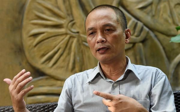 """Cựu CEO FPT: Vì sao cứ phải """"dụ"""" nhân tài về Việt Nam? Người Việt ra nước ngoài được người giỏi dạy thì tốt quá, chứ ở Việt Nam thì chúng ta """"tuổi gì"""" dạy họ?"""