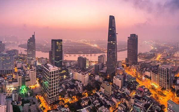 Việt Nam trở thành điểm sáng nhất thế giới về tăng trưởng cạnh tranh, Singapore vượt Mỹ trong top 1