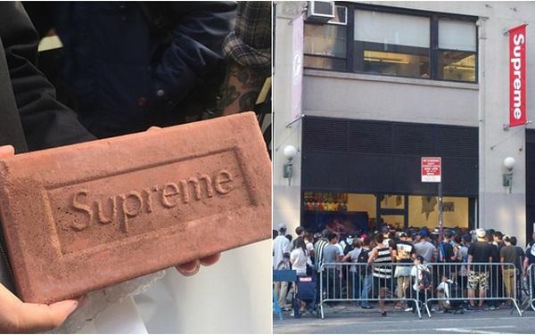 Vì sao chỉ cần có logo Supreme, người ta sẵn sàng xếp hàng mua dù đó chỉ là một cục gạch?