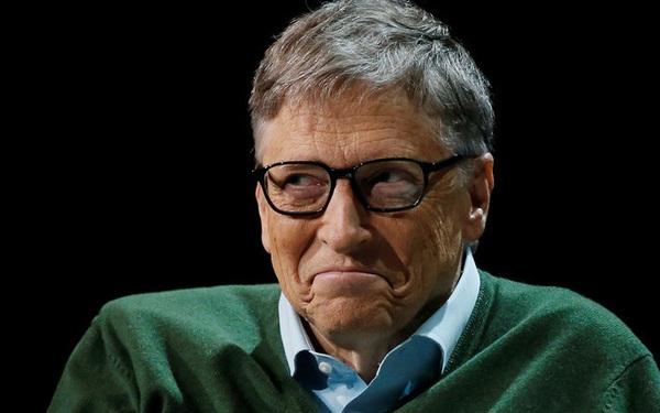 Lần đầu tiên sau 2 năm, Bill Gates chính thức giành lại ngôi giàu nhất thế giới từ tay Jeff Bezos