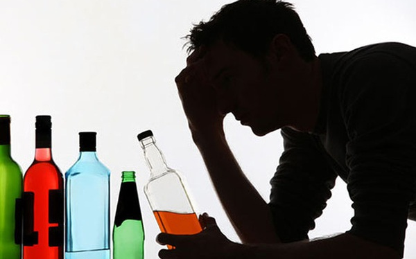 Thuế tội lỗi trong ngành rượu bia thuốc lá và câu chuyện ngân sách quốc gia