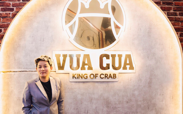 Nữ CEO 8x mở 5 nhà hàng hải sản tại Sài Gòn chia sẻ bài học đắt giá về Buffet cua: Cho khách ăn thoải mái, nghĩ trung bình mỗi người ăn 6 con, nhưng chẳng ngờ có người ngồi 4 tiếng để ăn 30 con!
