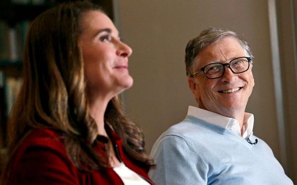 Giàu nhất nhì thế giới nhưng tại sao Bill Gates vẫn thường xuyên rửa bát cho vợ?