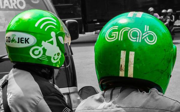 Cũng được Softbank đầu tư, tung hô như một 'ngôi sao', lĩnh vực hoạt động gần như giống hoàn toàn, liệu tương lai Grab có mờ mịt như Uber?