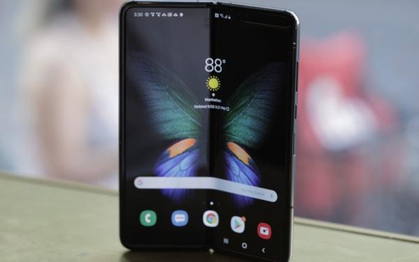 Samsung đã bán được 1 triệu Galaxy Fold