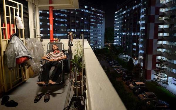 Dù là nền kinh tế lớn nhất Đông Nam Á, người dân Singapore vẫn sống bế tắc trong một xã hội đã qua thời hoàng kim