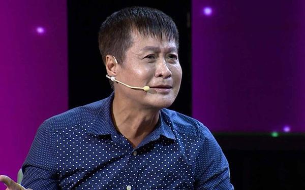 Đạo diễn Lê Hoàng: 'Mọi người đừng nghe thấy ngoại tình mà nhảy dựng lên! Khi ta có một cuộc ngoại tình đẹp, ta mới phát hiện ra đời ta cũng ghê lắm, đáng sống lắm'