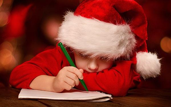 """Xúc động lá thư của bé trai 7 tuổi xin ông già Noel """"tặng"""" một người bố tốt"""