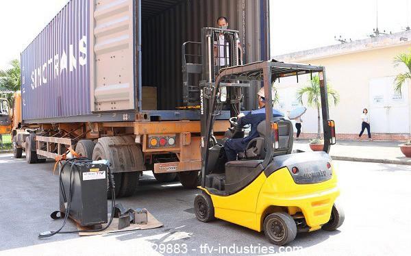 TFV Industries cung cấp dịch vụ thuê xe nâng chuyên nghiệp