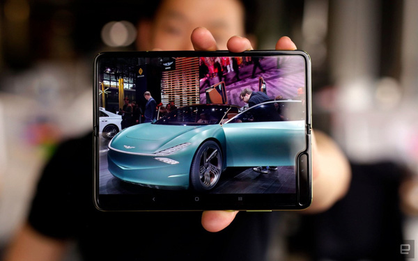 Mức giá là một chuyện, Galaxy Fold sẽ là smartphone dành cho giới thượng lưu nhờ những điểm khác biệt