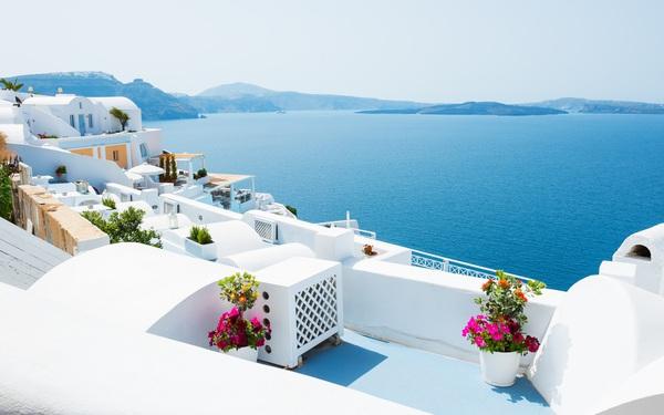 Hy Lạp - gồm chứa điều kiện sống hoàn hảo cho 3 thế hệ trong gia đình