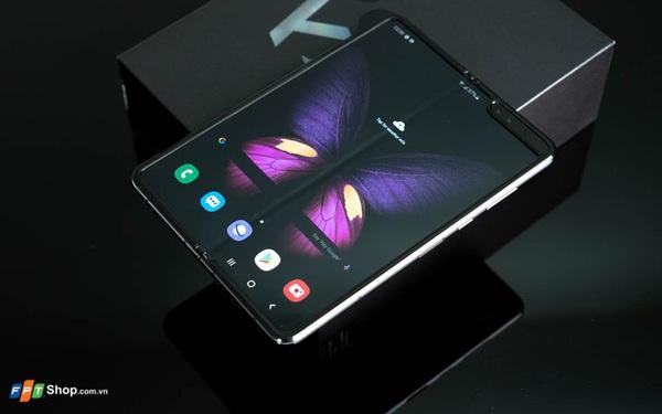 Thêm bằng chứng cho thấy Samsung Galaxy Fold 2 sẽ dùng màn hình UTG siêu bền