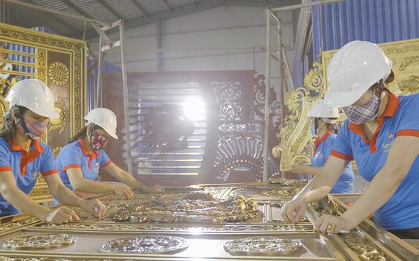 Hành trình chinh phục thị trường cổng nhôm đúc của Hoàng Nguyễn